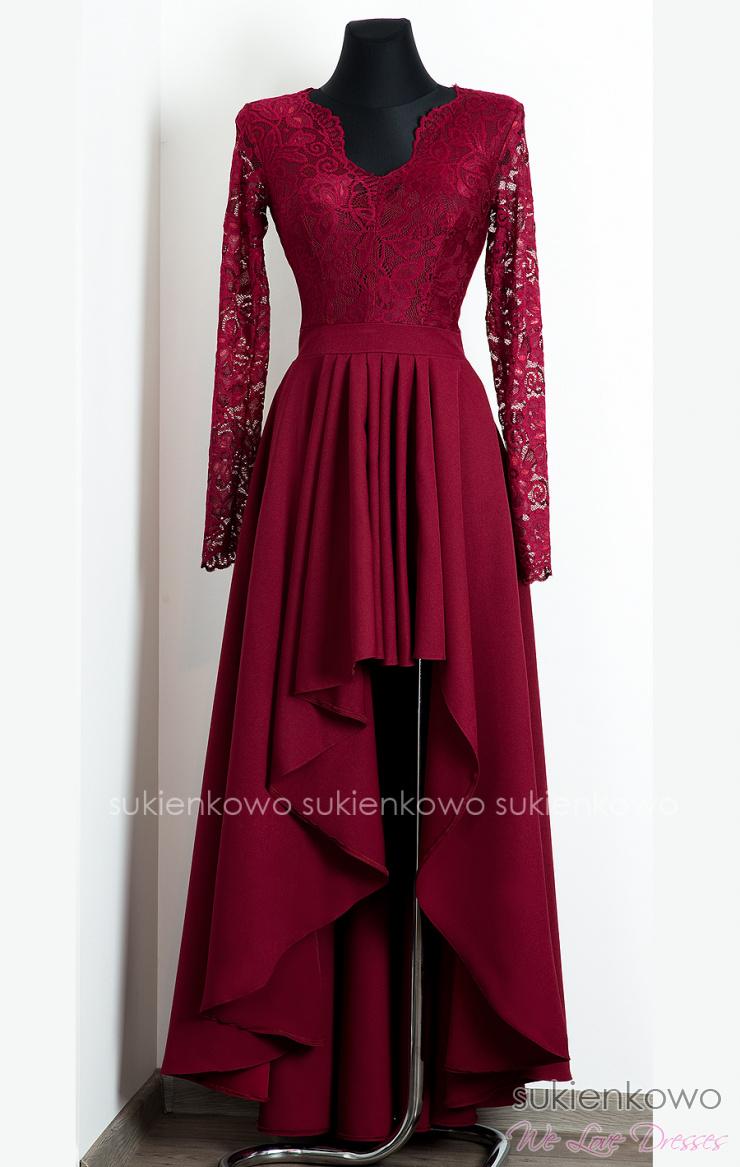 cbfed36c76 AURORA - Długa asymetryczna sukienka z koronką i długim rękawem bordowa