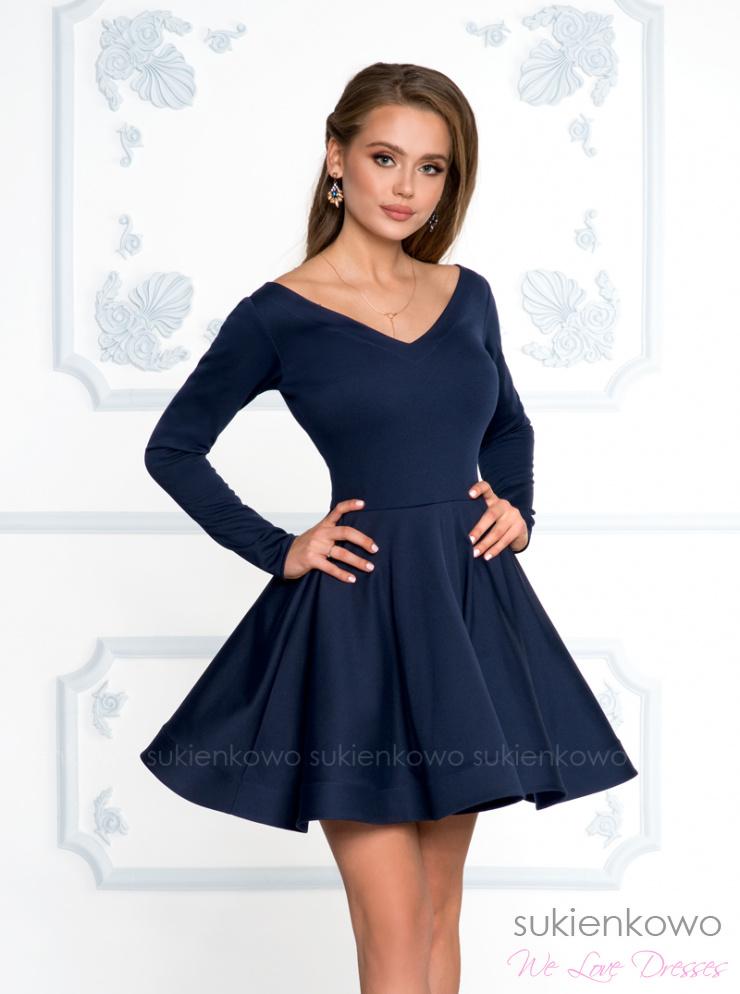 b90690fea4 DAISY - Rozkloszowana sukienka z dekoltem i długim rękawem granatowa