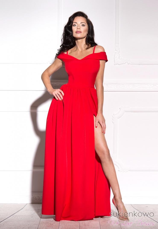 31ea7d1317 FEMME - Długa suknia z rozcięciem czerwona
