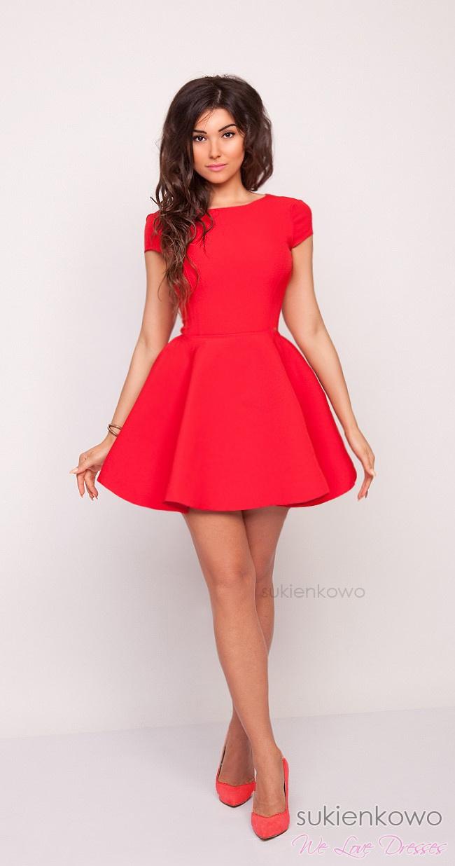 06a00415a9da LEA - Usztywniana rozkloszowana sukienka czerwona