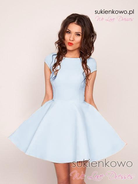 56584e141f09 LEA - Usztywniana rozkloszowana sukienka Ice Blue
